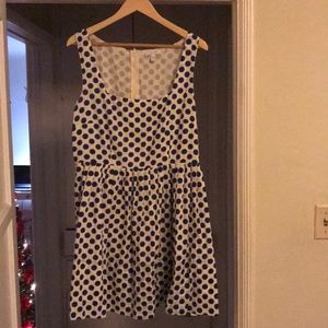 Vintage dress from the late 1950s to early 1960s.